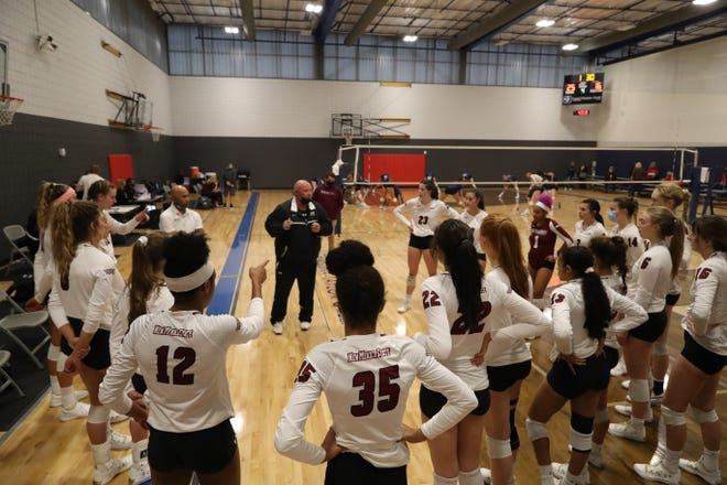 The New Mexico State volleyball team lost its first match of the season on Monday.