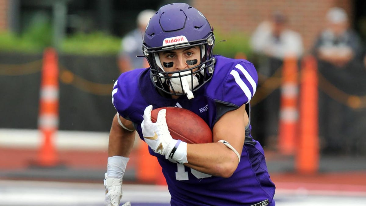 Andrew Jamiel takes his game from Stonehill to Fan Controlled Football