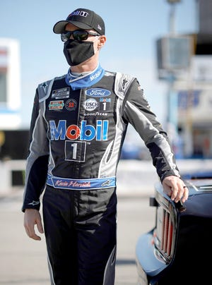 Kevin Harvick, driver of the #4 Mobil 1 Ford, waits on the grid prior to  the NASCAR Cup Series O'Reilly Auto Parts 253 at Daytona International Speedway on Feb. 21, 2021 in Daytona Beach, Fla.