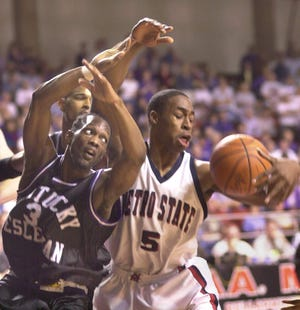 Kentucky Wesleyan is the all-time leader in NCAA Division II with eight men's national championships. Flagler College is aiming for its first as the Saints are about to make their tournament debut.