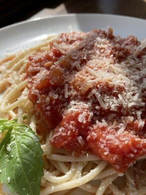 Spaghetti with Simple Red Sauce