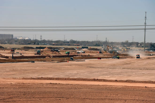 Work is occurring at NE 24th St. and Loop 335, where the new Amazon fulfillment center will be in Amarillo  [Neil Starkey / For the Amarillo Globe-News]