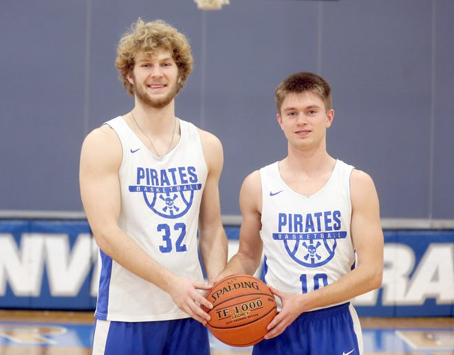 Boonville senior Charlie Bronakowski and junior Luke Green were recently selected to the Class 4 District 8 All-District Basketball Team. Coaches in the district vote on the top 10 players, which this year consisted of five teams. Father Tolton captured the championship in the district by beating Fulton 66-57.