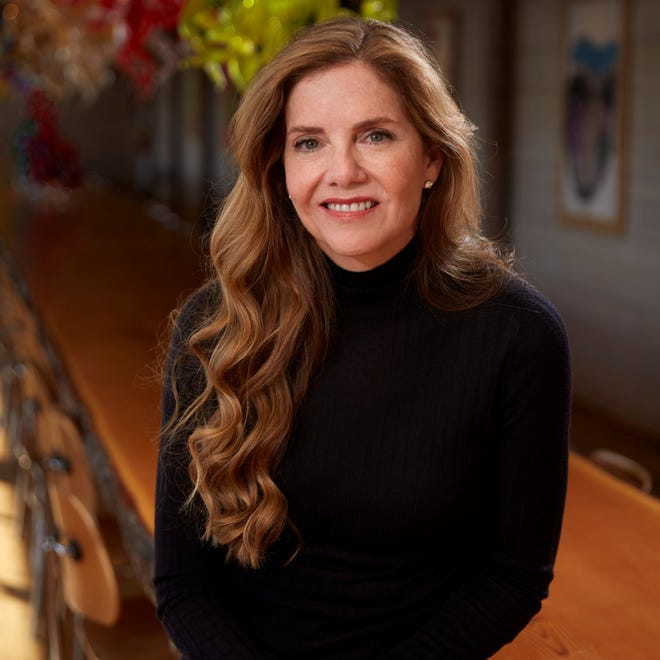 Art executive and philanthropist Leslie Chihuly will make an appearance in Palm Beach Monday as part of the Society of the Four Arts' 2020-2021 lecture series
