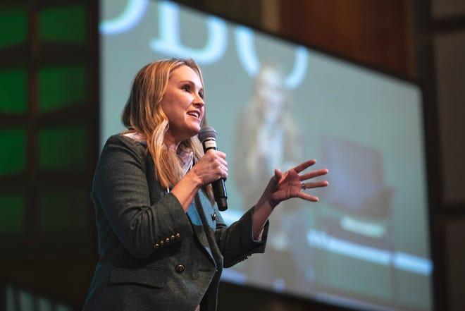 """Jennie Allen, New York Times bestselling author of """"Get Out of Your Head,"""" spoke with during chapel March 10."""