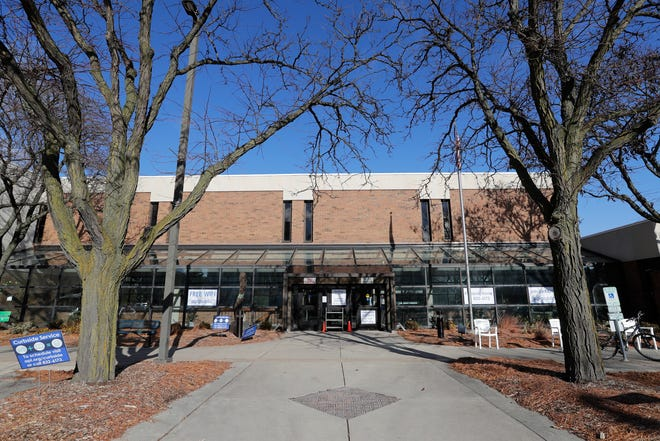 The Appleton Public Library has opened its doors for limited browsing.