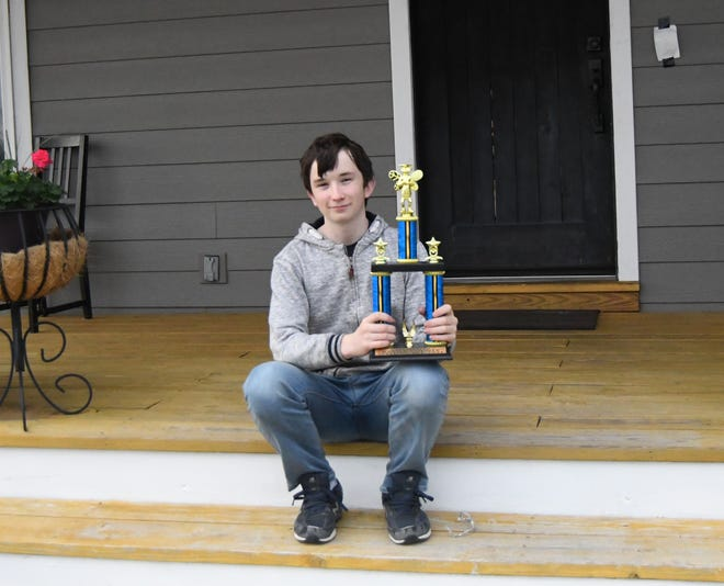 Mountain Home seventh-grader Declan Whitlock will represent Baxter County in the Arkansas State Spelling Bee this weekend.