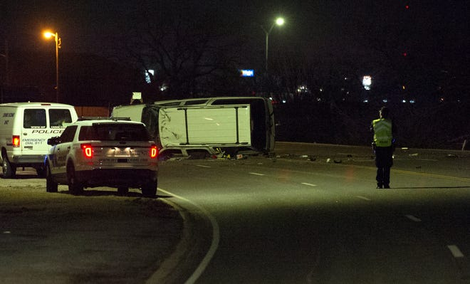 Wichita Falls emergency crews responded to a report of a vehicle accident Thursday morning.