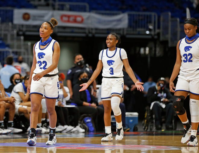 Houston Cypress Creek stars Kyndall Hunter, left, and Rori Harmon, center, played their final high school game Thursday night, losing the Class 6A state championship to DeSoto. Both will be Texas Longhorns next season.