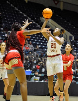 Cross Creek girls take on Greater Atlanta Christian School in the GHSA 3A girls basketball state championship game at the Macon Centreplex in Macon, Ga. [WYNSTON WILCOX/THE AUGUSTA CHRONICLE]