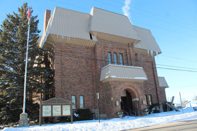The Cheboygan Opera House recently implemented a requirement for everyone who is in the facility, staff and patrons alike, to wear a face mask over their mouth and nose while in the building, due to the spreading of the Delta variant.