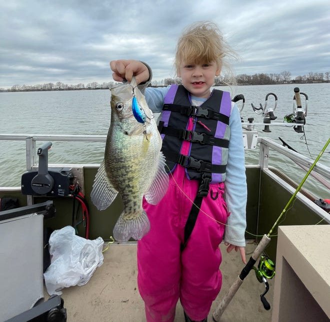 Stacy Hamberlin loves catching big crappie on Square Billed Crankbaits in Mississippi