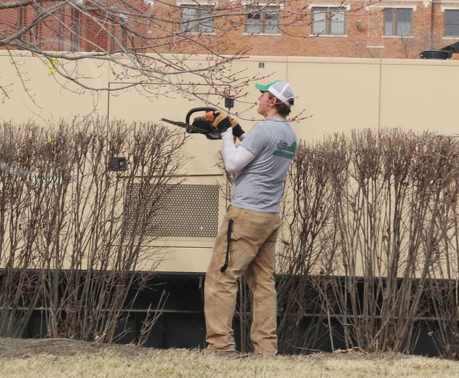 The weather Friday favored some tree pruning and cleanup around the Livingston County Law and Justice Center. The weather service is calling for wetter and cooler conditions through next weekend.