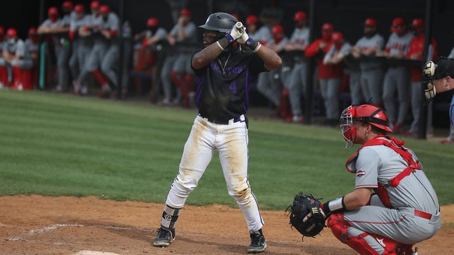 London Green, pictured, drove home Corey Young on an RBI single for the first Texan run. It was the start of a 4-for-4 game for Green, who had two doubles, two runs and a walk to lead the Texan offense in a 10-6 victory over Lamar.