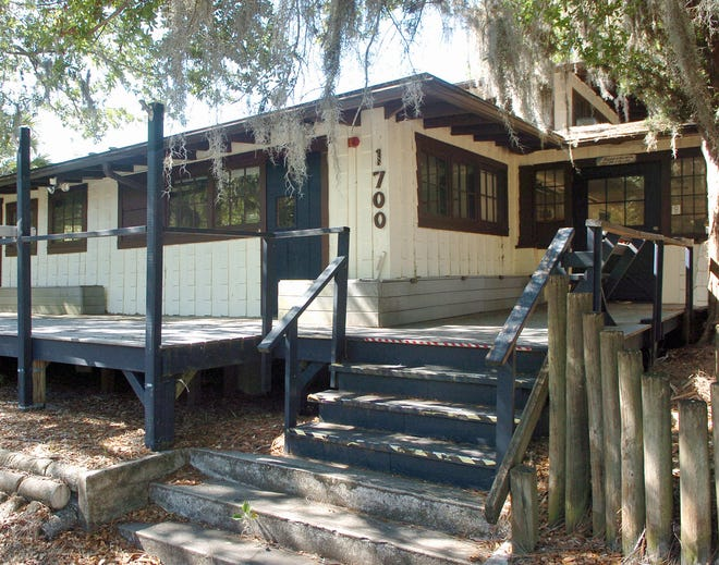 A Sarasota city planner has approved a permit to demolish the McClellan Park School, built in 1916.  It was originally used as a clubhouse for the McClellan Park neighborhood.