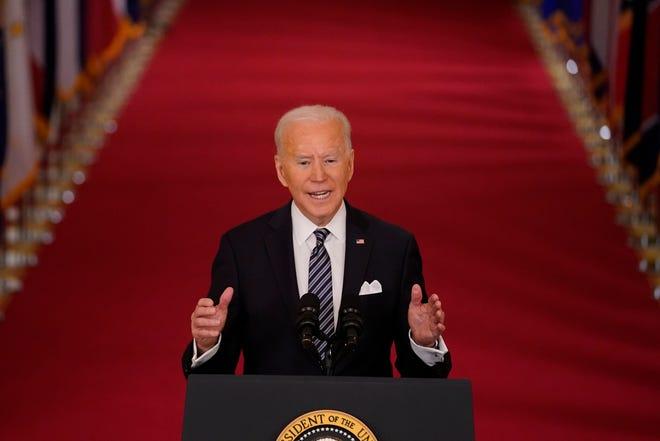Presiden Joe Biden berbicara tentang pandemi COVID-19 selama pidato prime-time dari Ruang Timur Gedung Putih, Kamis, 11 Maret 2021, di Washington. (