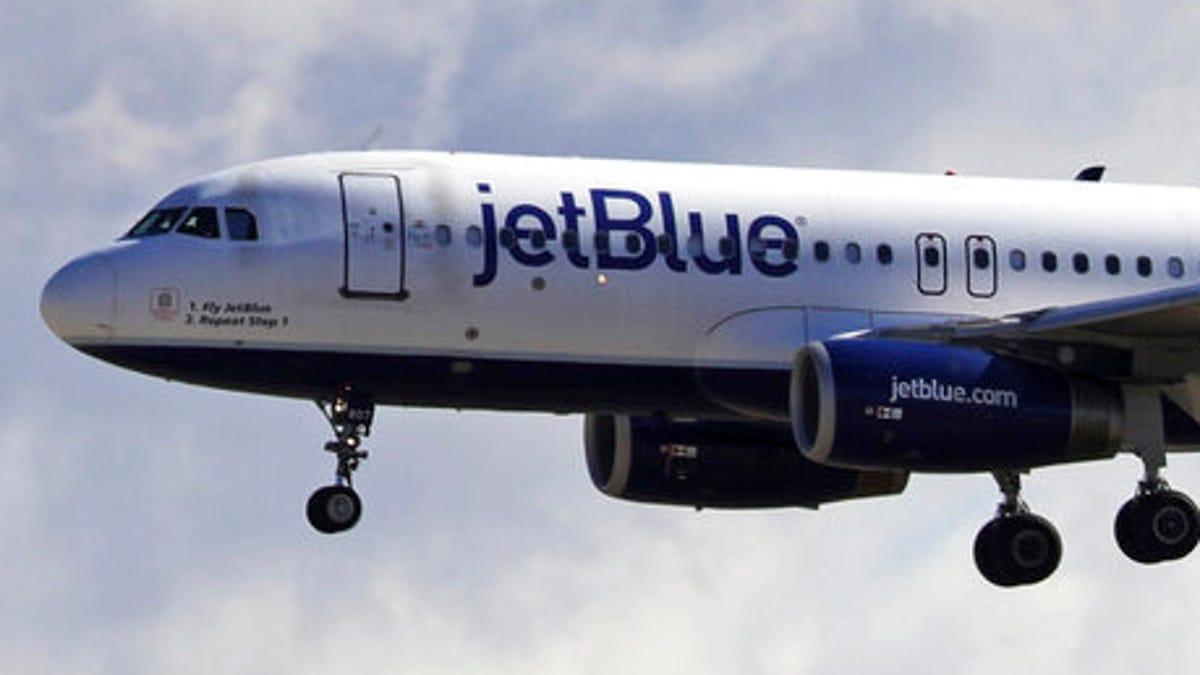 Maskless, boozing JetBlue passenger faces $14,500 FAA fine 3