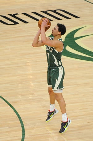 Bryn Forbes made 77-of-100 three-pointers at one of his NBA pre-draft workouts.