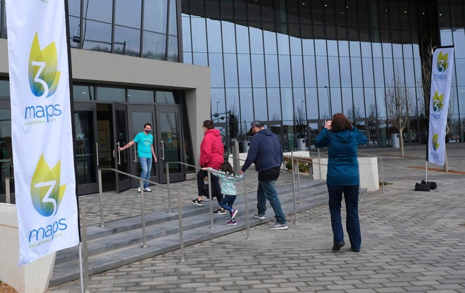 Visitors lined up last month for public tours of the new Oklahoma City Convention Center. Wheelchair ramps have been proposed by the management company to improve access to the upper level ballroom.