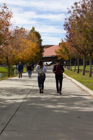 Students walk on the Victor Valley College campus in this pre-COVID-19 pandemic photo.
