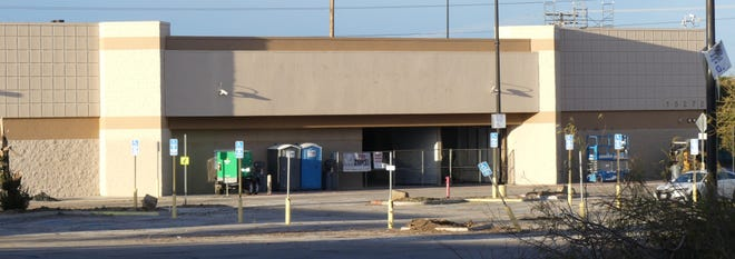 """An Amazon """"Last Mile Delivery Station"""" will soon occupy the abandoned building that once housed Walmart near Balsam Avenue and Bear Valley Road in Victorville."""