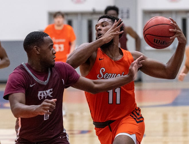 College of the Sequoias' Seth Dawson and the Giants' men's basketball team finished the season with an 8-1 record.