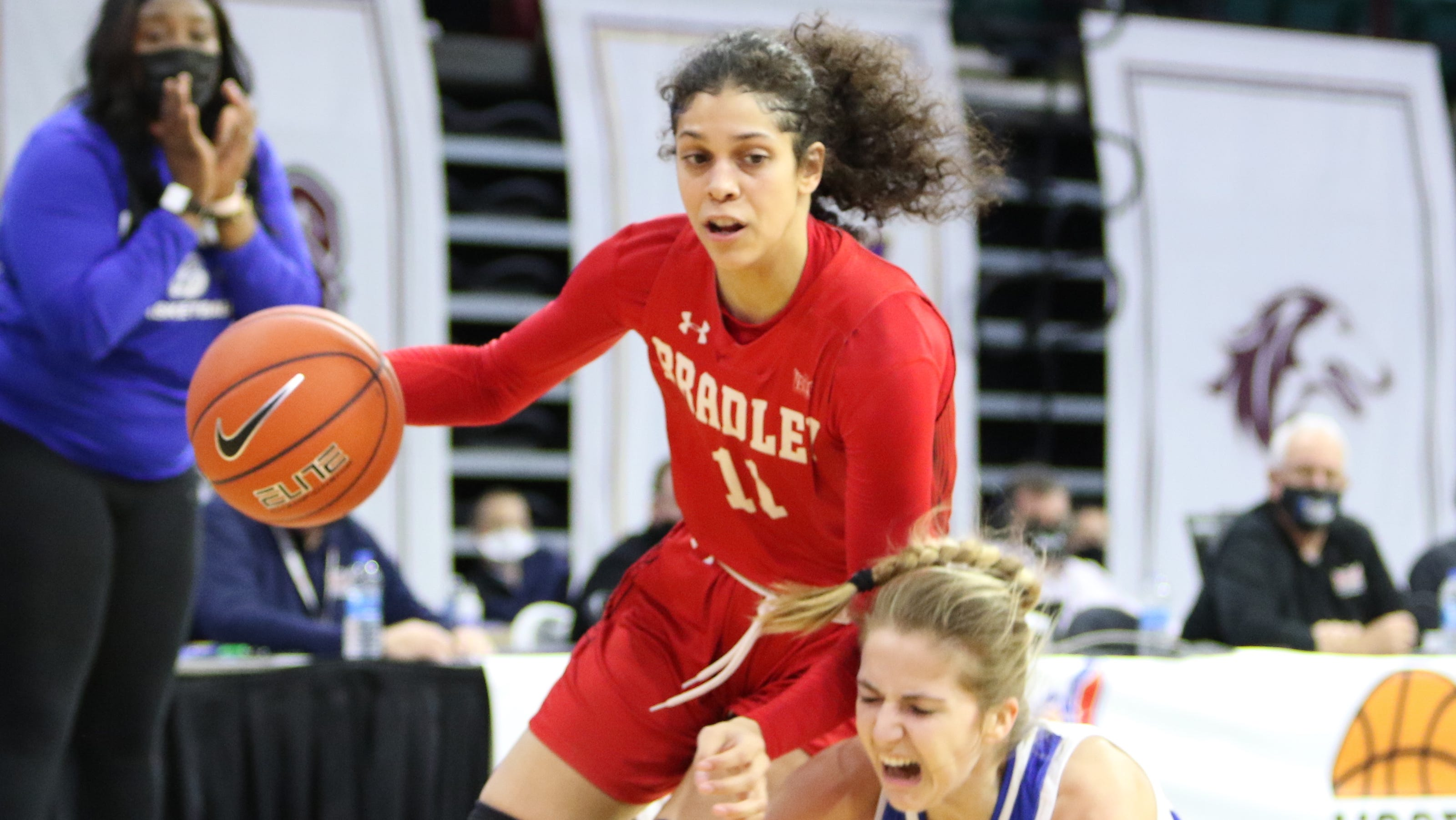 Bradley women's basketball loses two, gains two from NCAA transfer portal