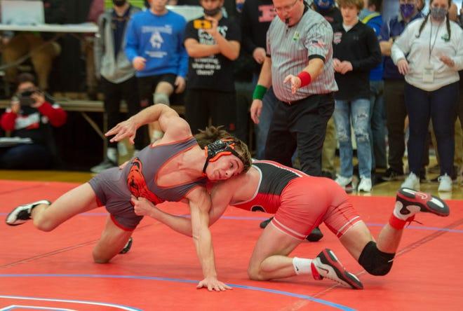 Division 3 State Wrestling First Round. 152 Tate Geiser (Dalton) dec. Carter Chase (Pleasant)