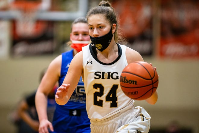 Sacred Heart-Griffin High School's Sofie Lowis is The State Journal-Register's Female Athlete of the Year and Large School Girls Basketball Player of the Year. [JUSTIN L. FOWLER/THE STATE JOURNAL-REGISTER]