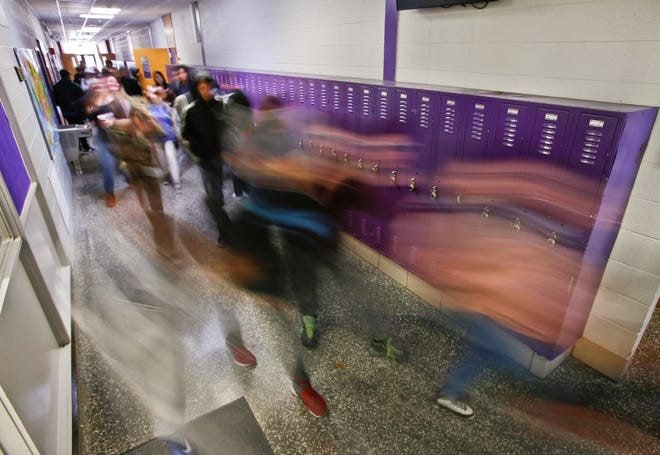 Boosting ventilation and filtration in schools are ways that scientists say dramatically cut the risk of inhaling COVID-19.