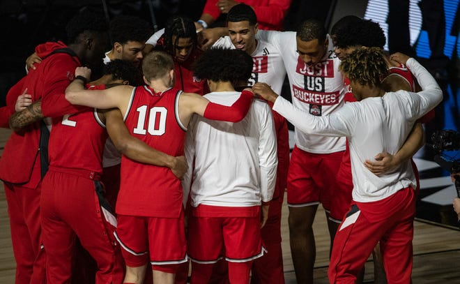 The Ohio State Buckeyes are announced before the Big Ten Tournament title game against the Illinois Fighting Illini on Sunday, March 14, 2021, at Lucas Oil Stadium in Indianapolis.