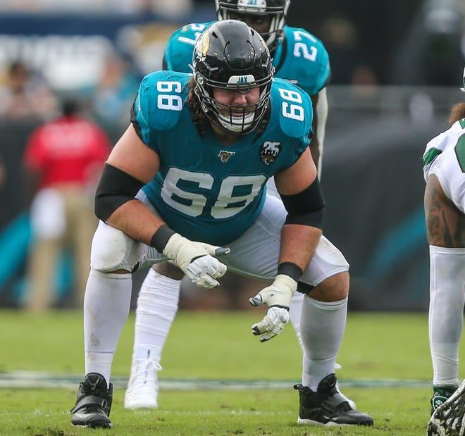 Jaguars guard Andrew Norwell (68) lines up during a 2019 game. The offensive lineman agreed to restructure his contract with the team.