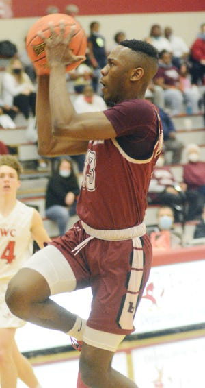 Bethel junior Clifford Byrd II scored 26 points on 10 of 19 shooting to pace the Threshers to its first-ever win in NAIA tournament play, stopping Northwestern (Iowa) 76-69. Bethel faces Shawnee State at 3:45 p.m. Thursday at Memorial Auditorium in Kansas City, Mo.