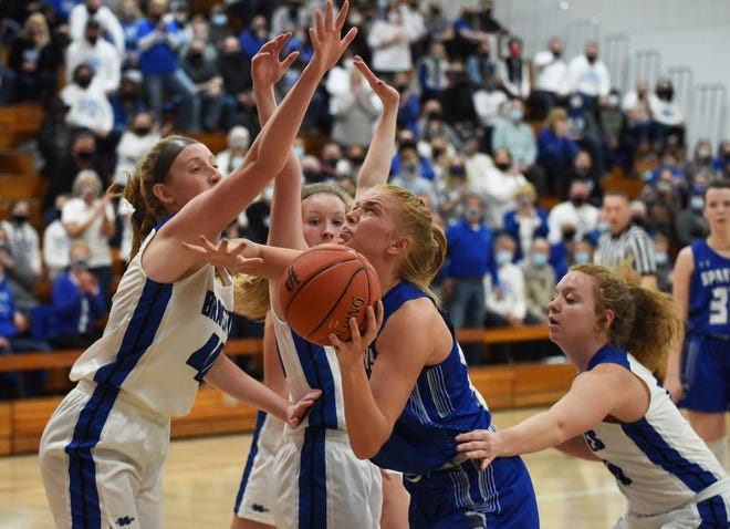 As an all-state performer Reagan Franzen helped lead the Collins-Maxwell girls' basketball team to its best season ever in 2020-2021.