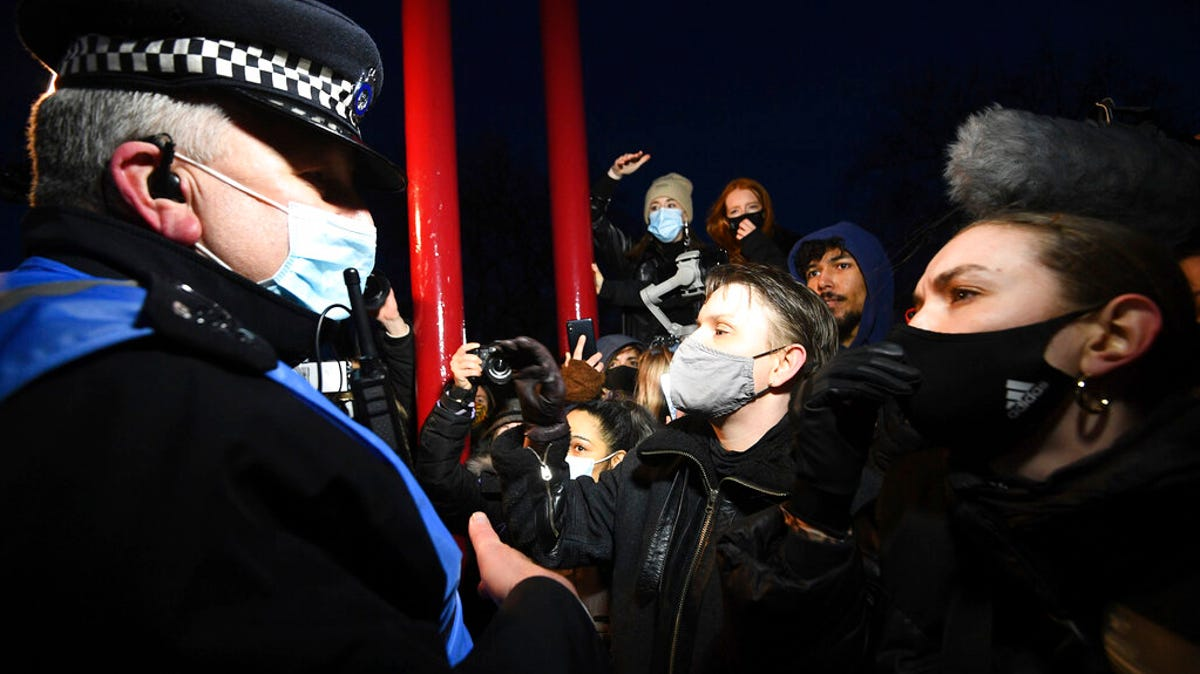 Police protest response stokes outrage ahead of crime bill 3
