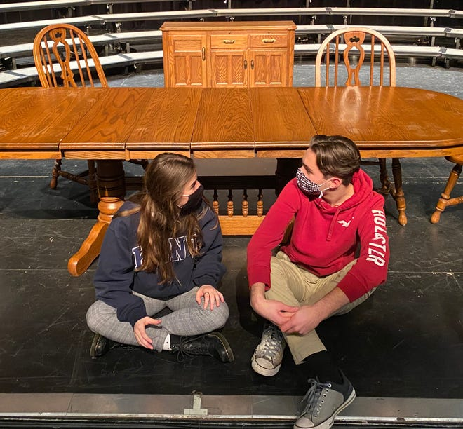 """Howell high school students Olivia LaCommere and Lucas Somers rehearse a scene for """"The Dining Room."""""""