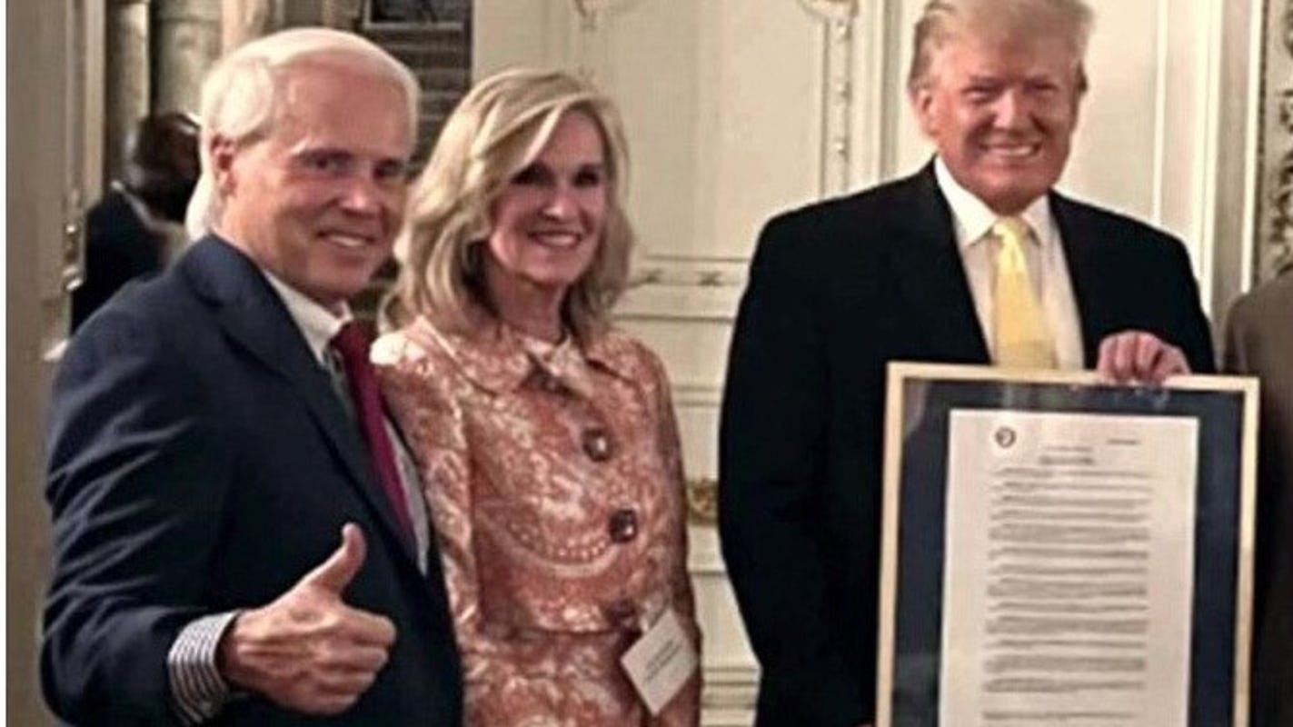 Alabama GOP presents Donald Trump with resolution of honor