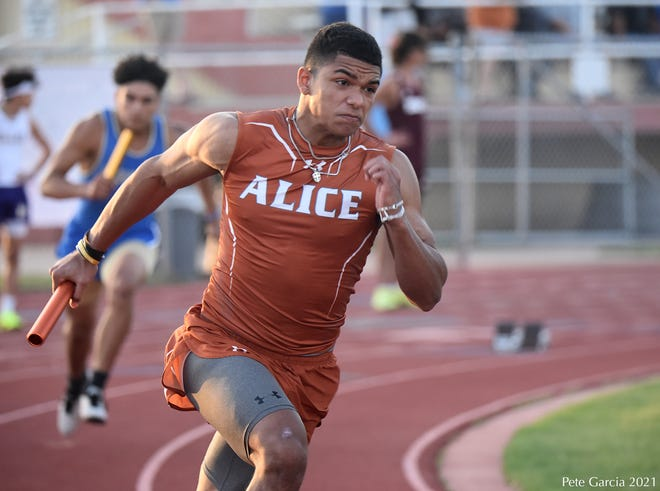The Alice boys placed fourth at the Hub City Relays on Thursday