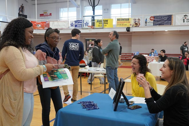 Last year, 32 businesses and 266 applicants, representing 21 schools from as far away as Texas, attended the two-hour BYC Job Fair at the HYCC.