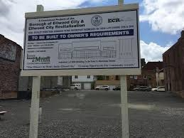 No bids have been received for the lot of land Ellwood City Borough owns at 513/515 Lawrence Avenue.