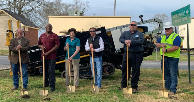 A groundbreaking ceremony March 10 in Grosse Tete marked the start of installation on fiberoptic line through the village, as well as Rosedale, Ramah and Bayou Blue. Pictured in the ceremony are Grosse Tete Mayor Mike Chauffe, along with council members Marcus Hill, Jeanne David and Clint Seneca. Also pictured are George Buchan of V1 Fiber and Bryan Fisher of STAR Communications. The project is part of a USDA-funded program partnership with STAR Communications