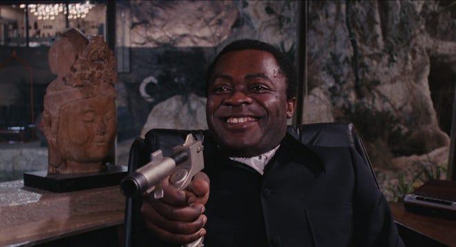 """Yaphet Koto berperan sebagai Kananga pada tahun 1973-an """"Live and Let Die."""""""