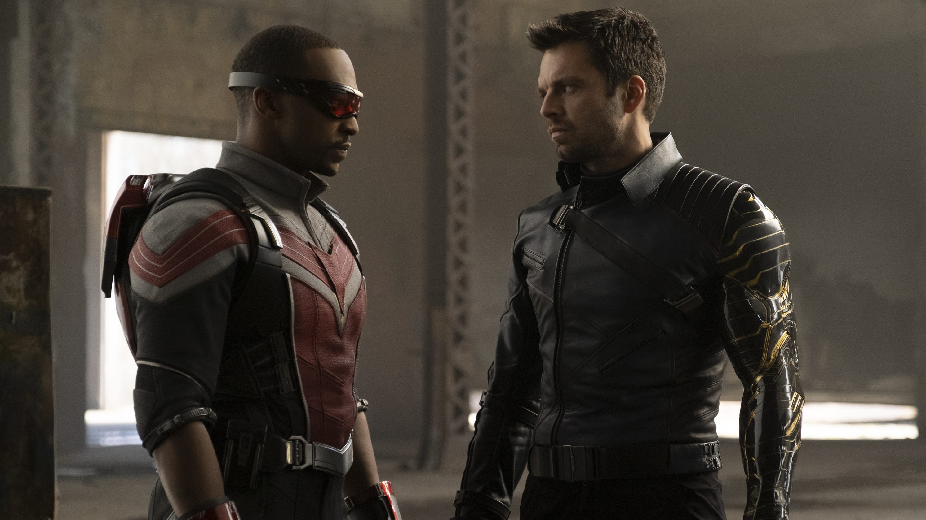 Anthony Mackie gets heat from Marvel fans for shutting down Sam and Bucky romance speculation - USA TODAY