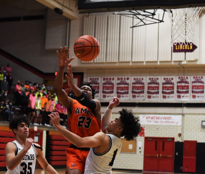 Junior Trevion LaBeaux was one of five Ames boys' basketball players given all-CIML Iowa honors for the 2020-2021. LaBeaux and Tamin Lipsey were both name to the first team after leading the Little Cyclones to the conference title.