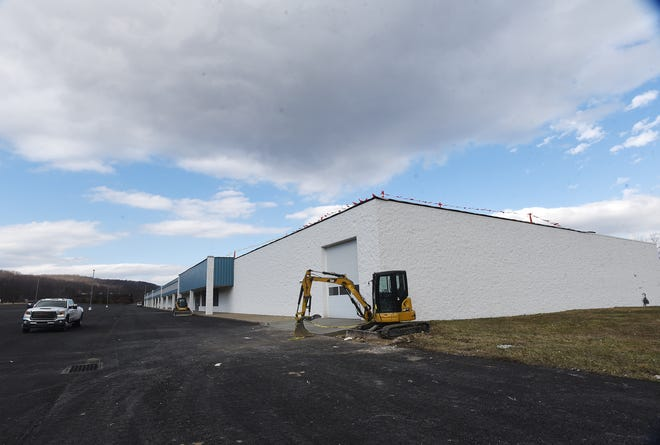 The plaza on Route 18 in Big Beaver is being renovated.