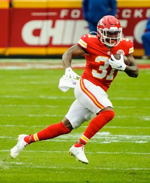 Running back Darrel Williams (31) is reportedly returning to the Chiefs on a one-year deal after the team released another running back, Damien Williams.