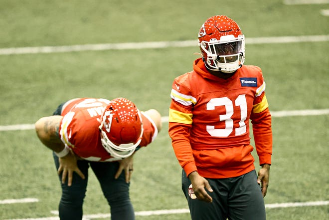 Kansas City Chiefs Running Back Darrel Williams (31) stretching during NFL football practice Thursday, Feb. 4, 2021, in Kansas City, Mo. The Chiefs will face the Tampa Bay Buccaneers in Super Bowl 55.