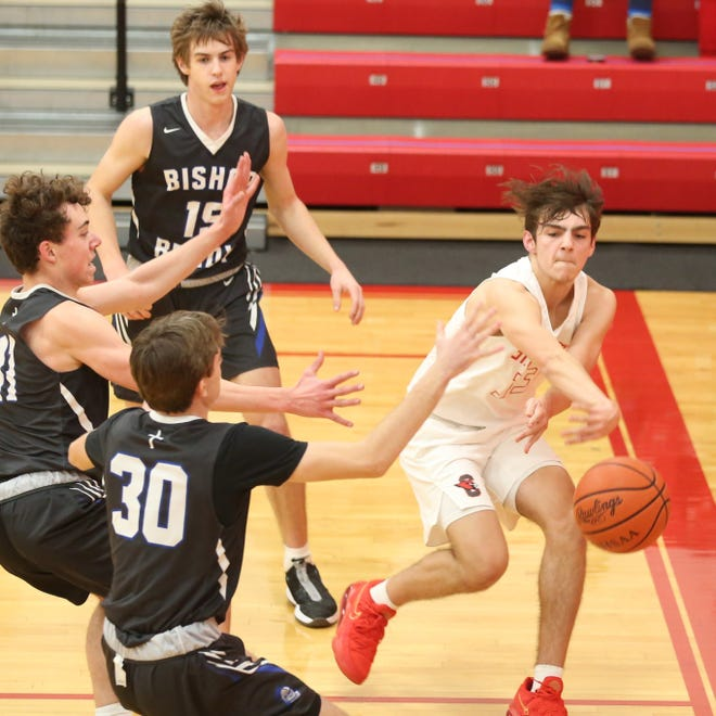 Sophomore Ryan Carretta is among the expected top returnees for the St. Charles basketball team, which captured its second consecutive CCL championship.