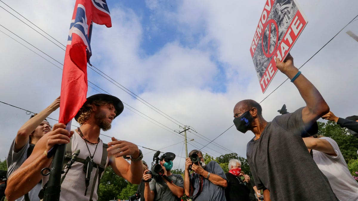White supremacist propaganda surged in 2020, report says 3