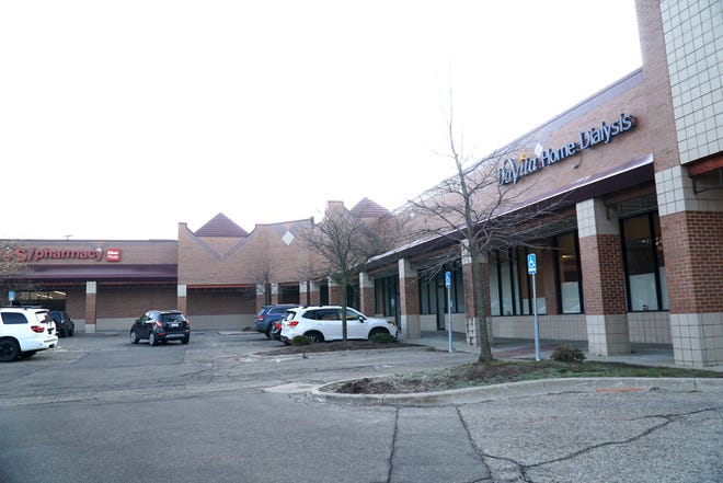 Part of this plaza at 42934 Woodward is to slated to be torn down to make way for a Starbucks cafe.